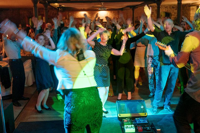 party-unterhaltungsband-live (2)